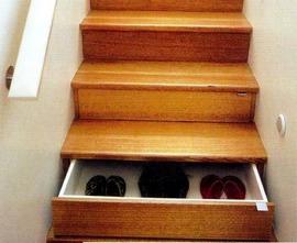 階段下の収納_[0].jpg